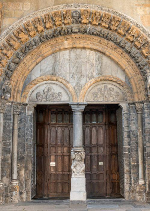 mai-Oloron-Cathedrale